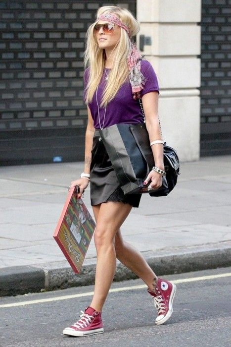 16 Fabulous Ways to Wear Sneakers | Converse outfits, Rote conver