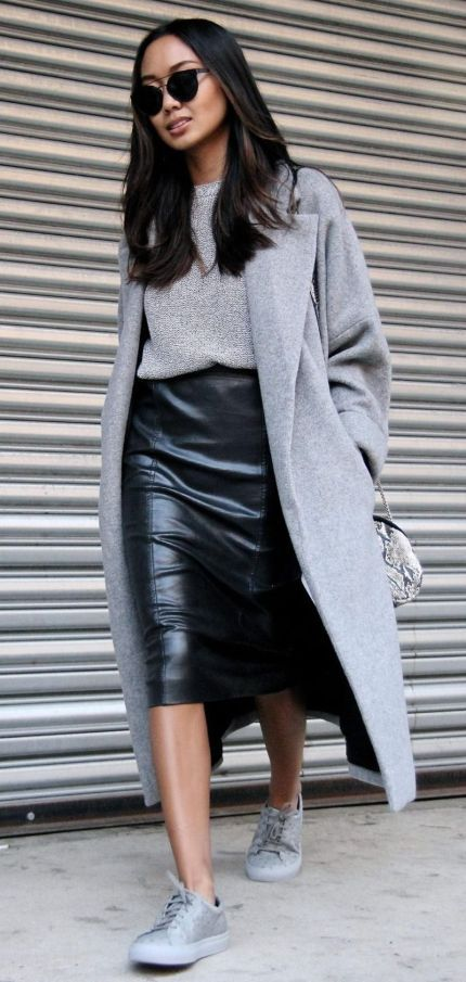 48 Fabulous Work Outfit Ideas With Sneakers and Look Professional .