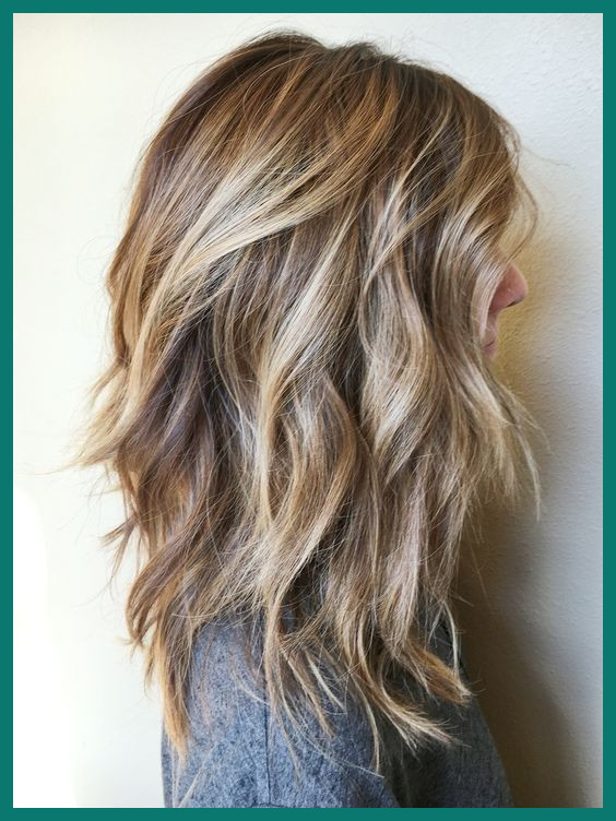 Pictures Of Womens Medium Length Hairstyles 410307 25 Fantastic .
