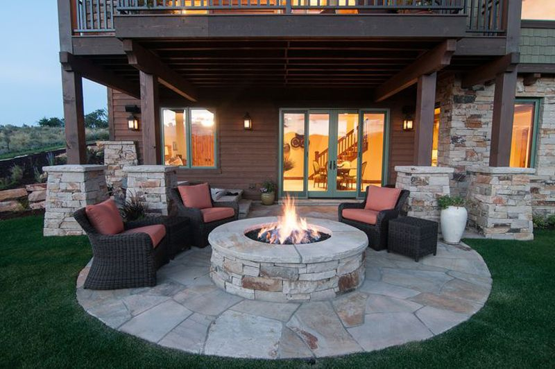 Best Outdoor Fire Pit Ideas to Have the Ultimate Backyard getaway .
