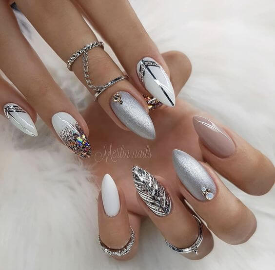 22 Totally Classy Nail Designs to Rock This Winter 20