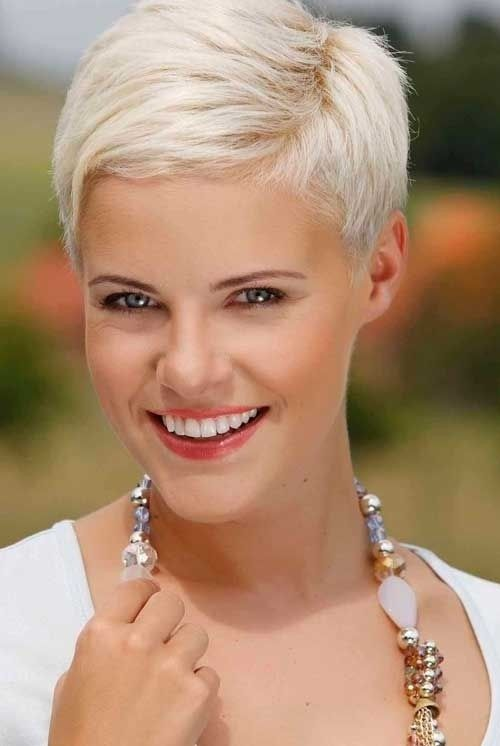 Fantastic Short Layered Hairstyles for   Women