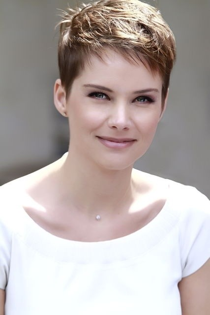 25 Fantastic Short Layered Hairstyles for Women - Pretty Desig