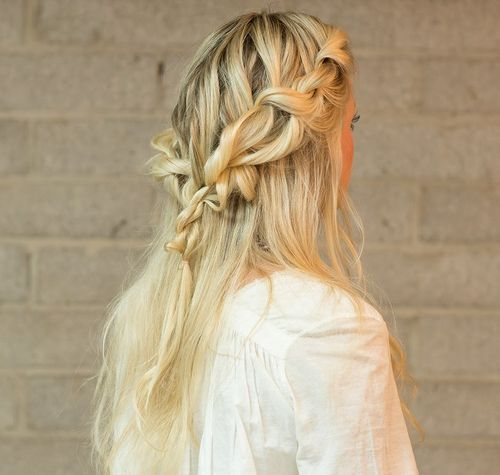 16 Fashionable Braided Half-Up Half-Down Hairstyles | Styles Week
