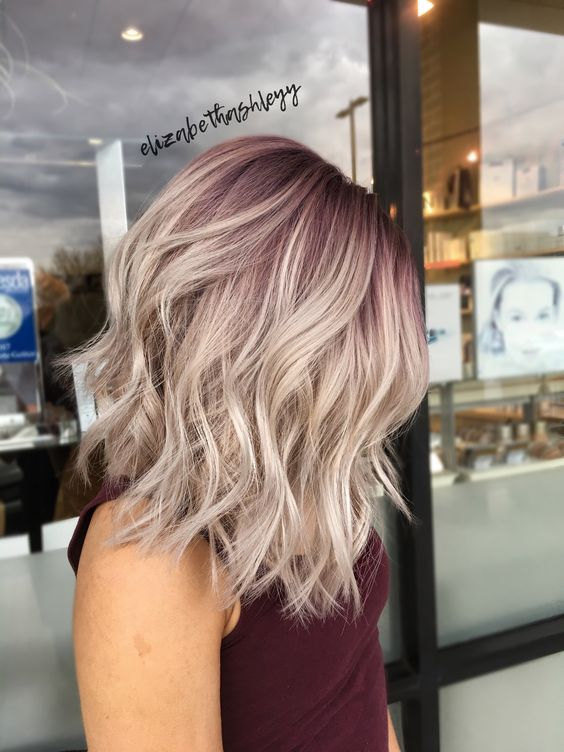 10 Trendy Medium Hairstyles & Top Color Designs 20