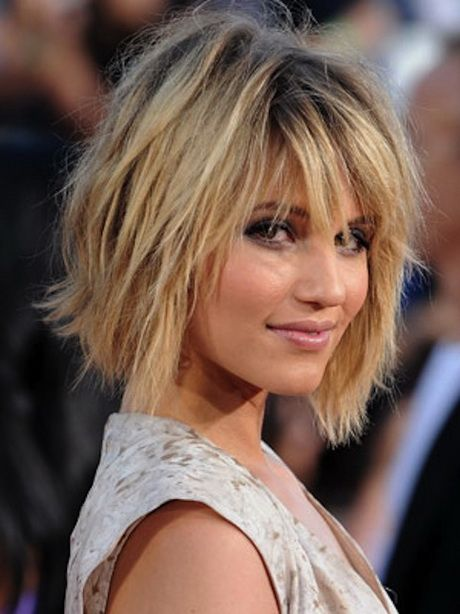 Fashionable Short and Medium Hairstyles