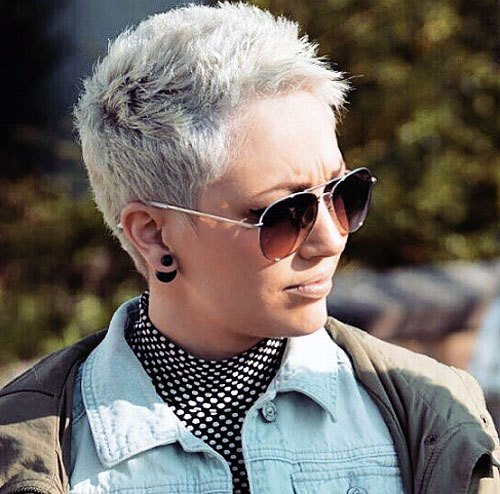 60 Cute Short Pixie Haircuts – Femininity and Practicali