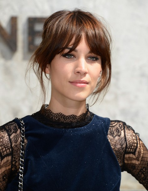 Model: New Flattering Alexa Chung Perfect Hairstyl