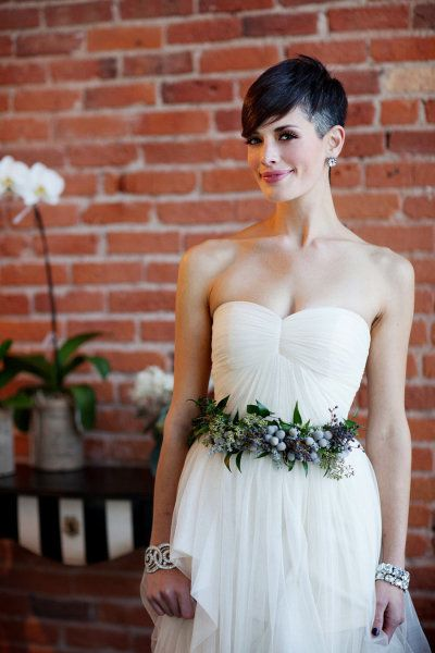Fresh Flower Wedding Accessories + Hairstyles from Verbena Floral .