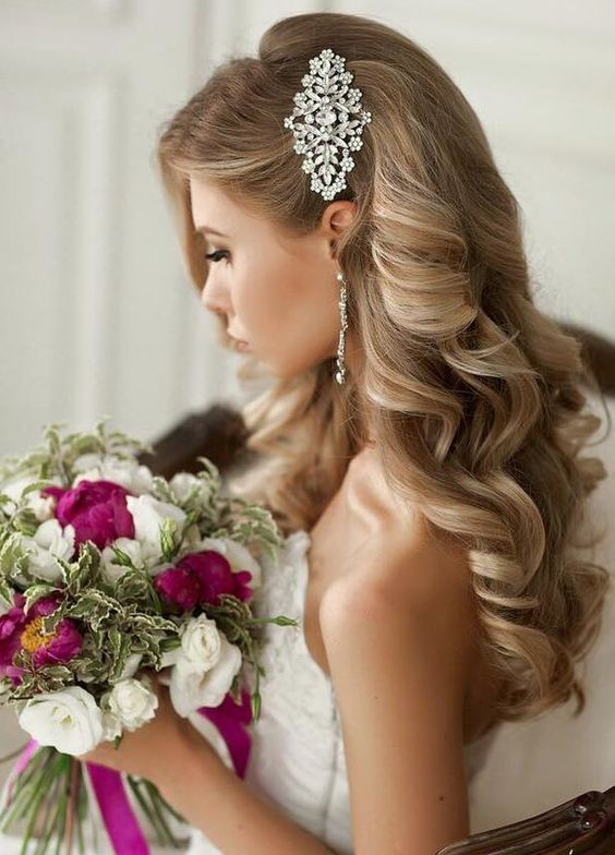Glam side-swept curls. Wedding hairstyles to hide your fringe .