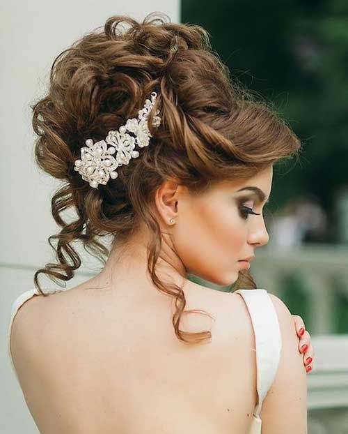 Glamorous Bridal Hairstyles with Flowers