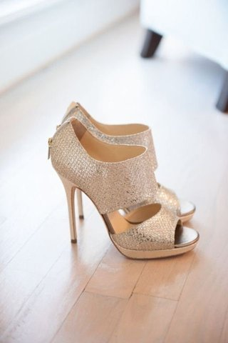 15 Photos of Sparkly Shoes for a Glamorous Party Lo