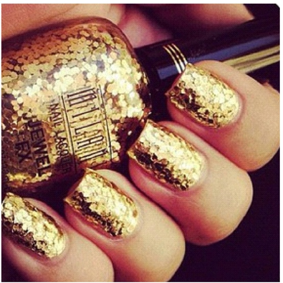 Glowing Golden Nail Designs