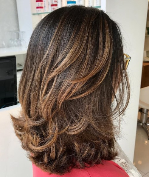 10 Best Medium Length Layered Hairstyles 2020 - Hairstyles Week