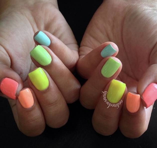 20 Rainbow Nail Art Designs For Colorful Souls | CafeM