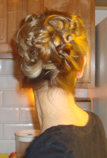 The Knotted Updo (Hair Style Tutorial) » Penelopes Oas