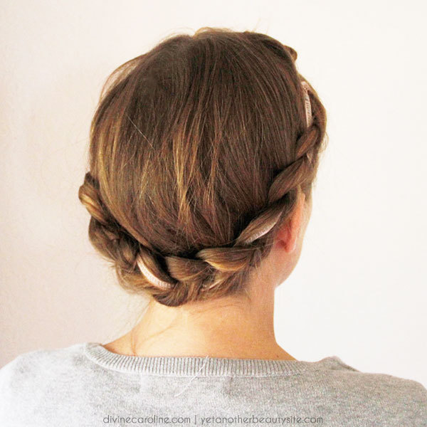 3 Cute Hairstyles Featuring Hair Ribbons - Mo