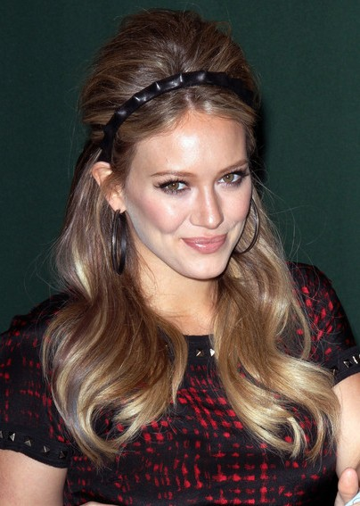 Hilary Duff Long Retro Hairstyle with Headband - Hairstyles Week