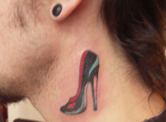 Tat-Tat-Tatted Up: 15 Tattoos Inspired By Fashion (Love Louis .