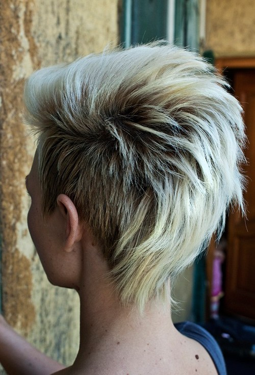 25 Hottest Simple Easy Short Hairstyles for Women   Styles Week