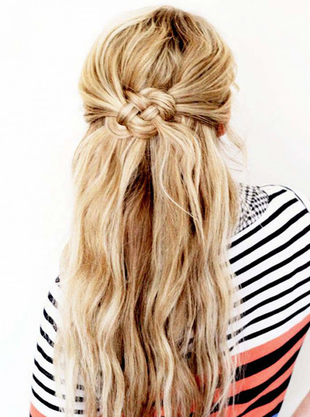 5 Pretty Beach Wave Hairstyles - Whitney Po
