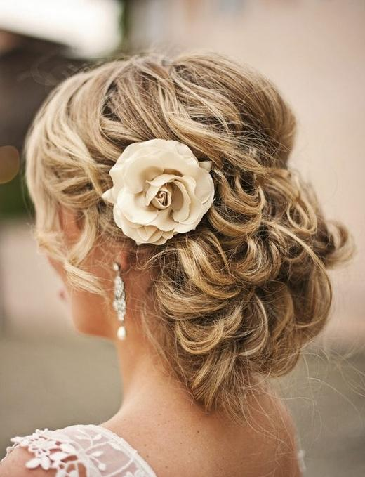 Ideal Wedding Hairstyles and Makeup Ideas for Blondes - Pretty Desig