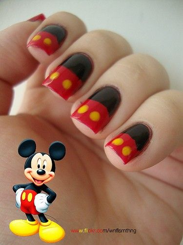 14 Ingenious Mickey Mouse Nail Art Designs | Mickey mouse nails .