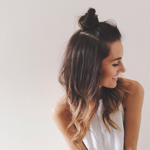 How To Do Hairstyle Trend Half Up Top Knot | Hair inspiration .