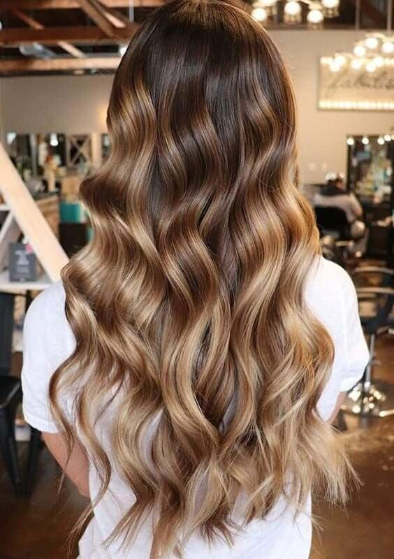 100+ Best Long Wavy Hairstyles - BelleT