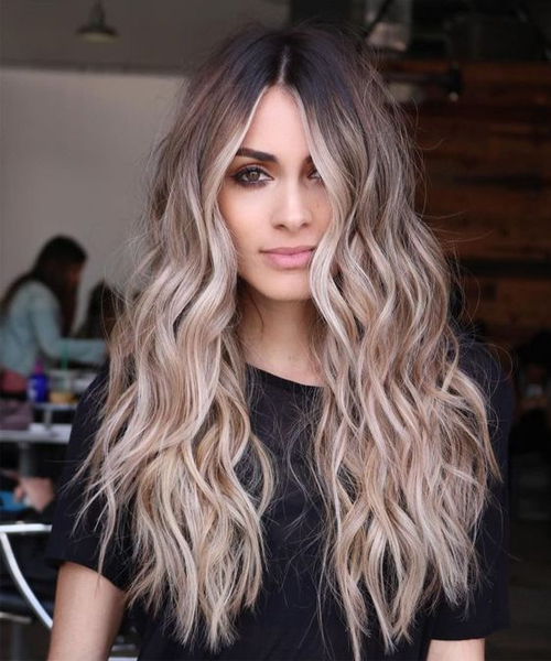 17+ Sensational Long Wavy Hairstyles for Women To Mesmerize Anyone .
