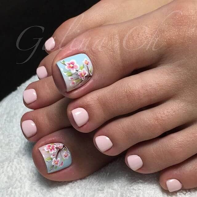 50 Exciting Pedicure Ideas to Shake Things Up | Pretty toe nails .