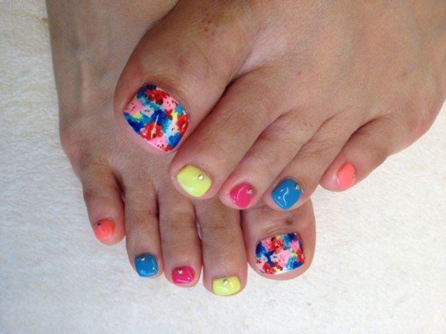 12 Lovely Ideas for Your Toenail Designs You Can Try .