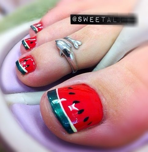 12 Lovely Ideas for Your Toenail Designs You Can Try | Vernis à .