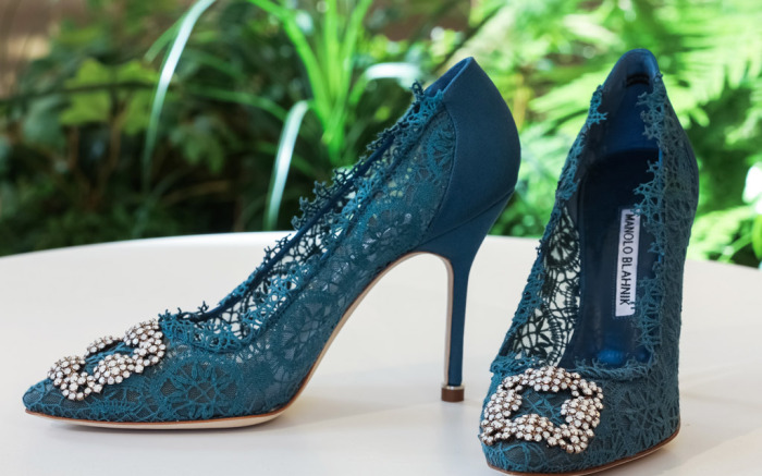 7 Fun Facts About Manolo Blahnik's Famous Sex and the City Heels .