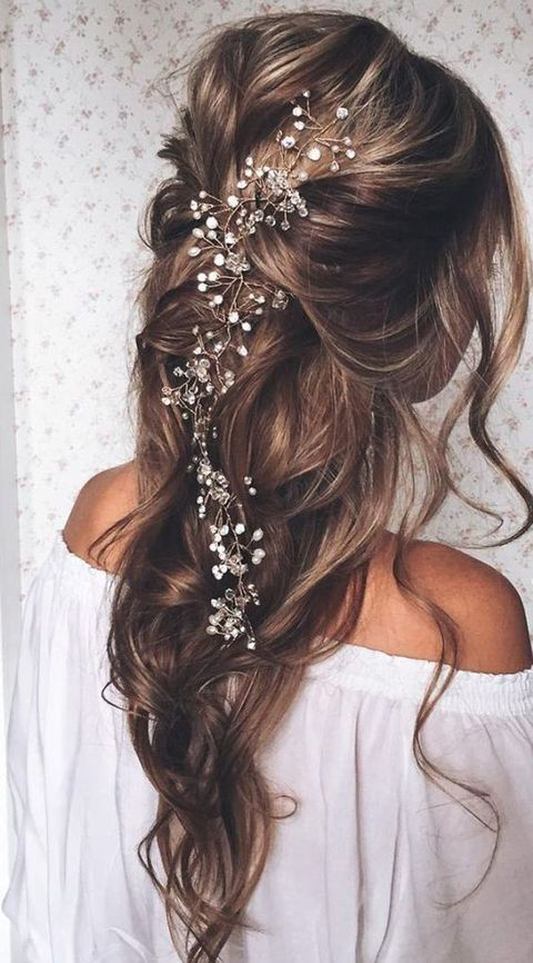 48 Messy Bridal Hair Ideas For Effortlessly Chic Brides | Rustic .