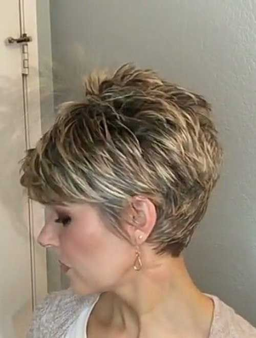 Chic Short Haircuts for Women Over 50 | Short Hairstyles 2018 .
