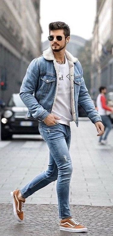 Fall combo idea with a light blue shearling lined denim jacket .
