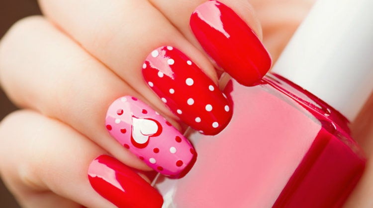 28 Cute Red And White Nail Art Designs To Try This Year - Workout Pl