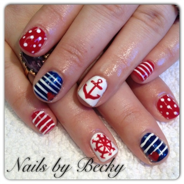 20 Nautical Themed Nail Arts You Will Like - Pretty Desig