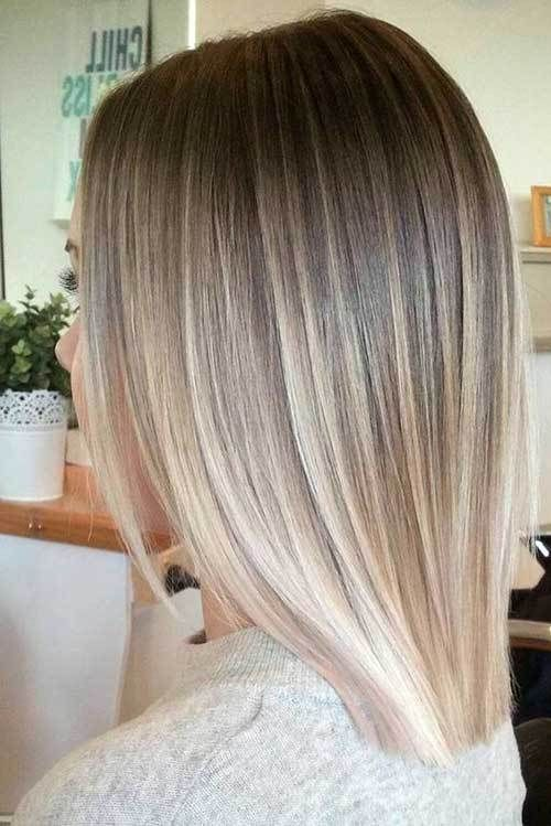15 Must-See Straight Hairstyles for Short Hair: #3. Ombre Blonde .