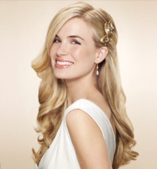 Hair ideas | Wavy wedding hair, Simple wedding hairstyles, Down .