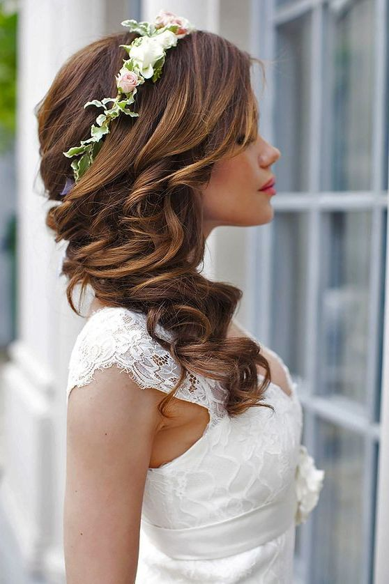 Bridal Hairstyle Inspiration. Love this style, all the hairs on .