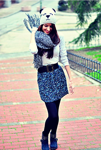 8 Fabulous Outfit Looks With Flat Boots for Winter - Pretty Desig