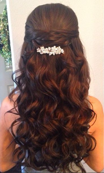16 Overwhelming Half Up Half Down Wedding Hairstyles (With images .