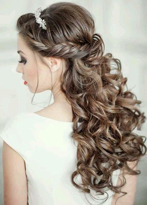 Splendid Long Curly Wedding Hairstyles 2019 to Look Perfectly .
