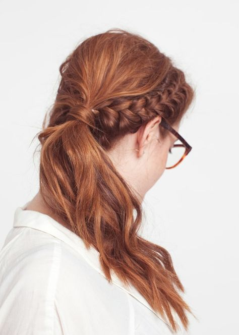23 Easy Office-Appropriate Hairstyles That Take No Time at All .
