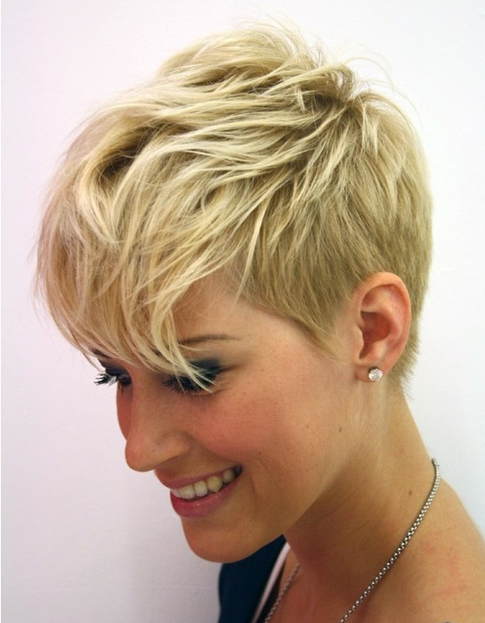 57 Hottest Pixie Cuts for Women 20