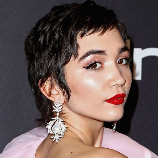 60+ Pixie Cuts We Love for 2020 - Short Pixie Hairstyles from .