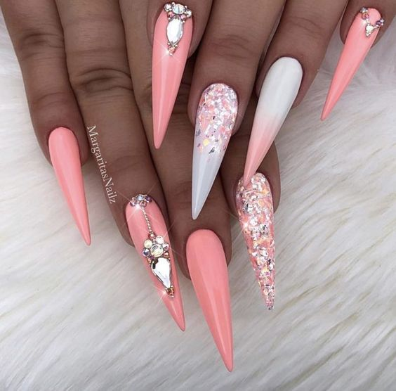 70+ Cool Stiletto Nail Ideas You'll Love to Try | Nail designs .