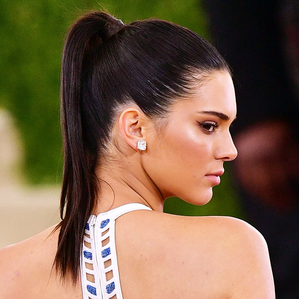 Cute Ponytail Styles Worn By Celebrities - theFashionSp